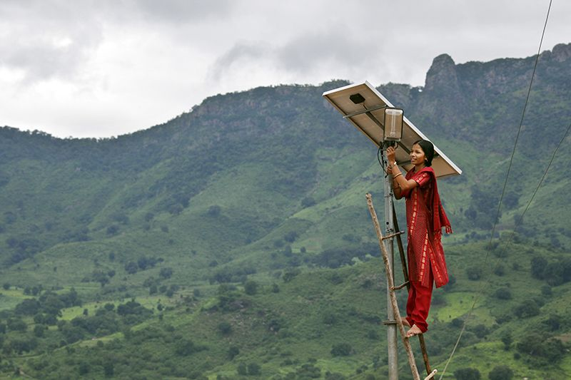 Meenakshi Diwan works on a solar panel in India's Odisha state in 2009