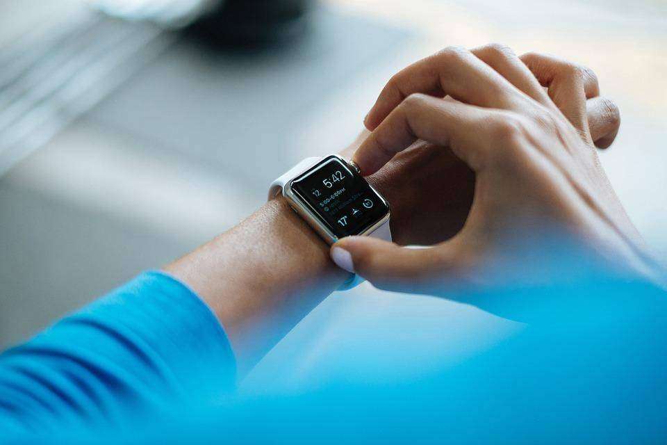 5 Ways Wearable Technology Can Change the Manufacturing Industry