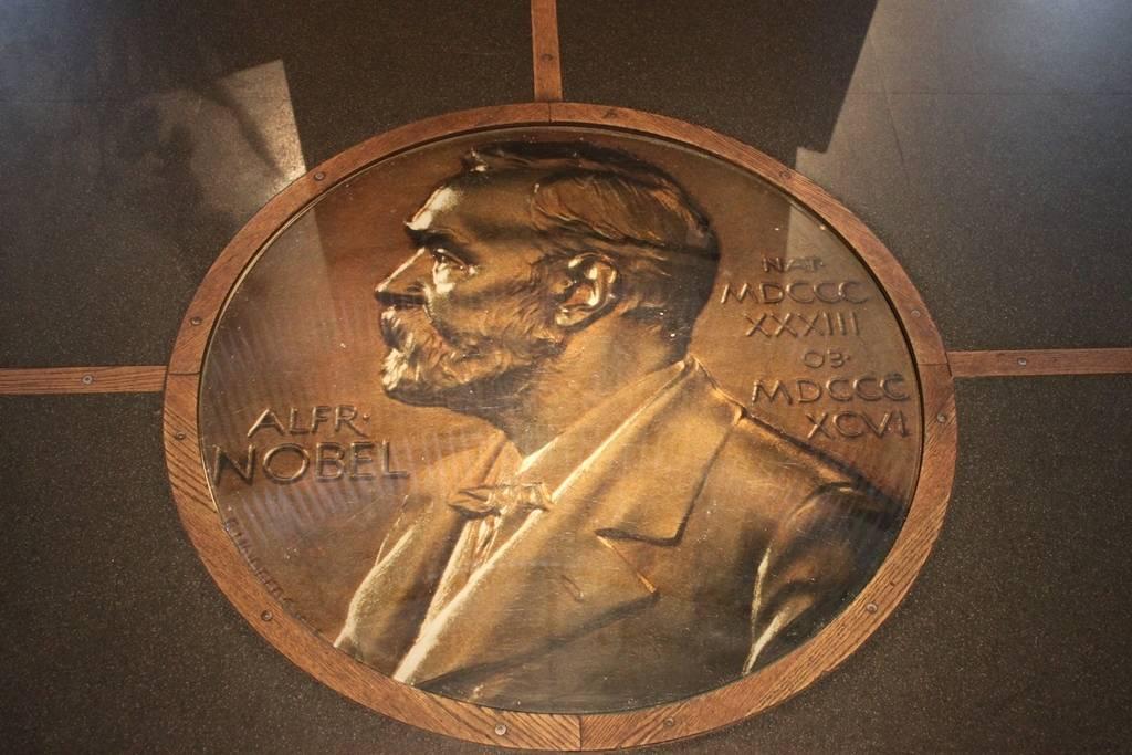 2016 Nobel Prize in Economics awarded to Oliver Hart and Bengt Holmström