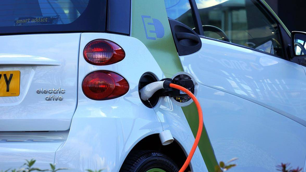 Why Electric Vehicles are the Future