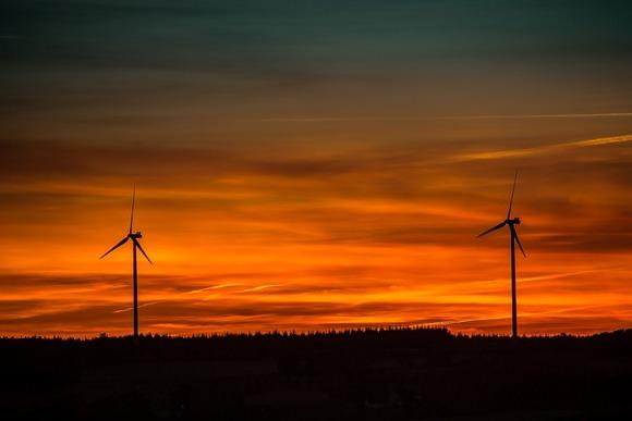 The Economic Benefits of Renewable Energy